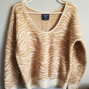 Super soft Abercrombie & Fitch sweater